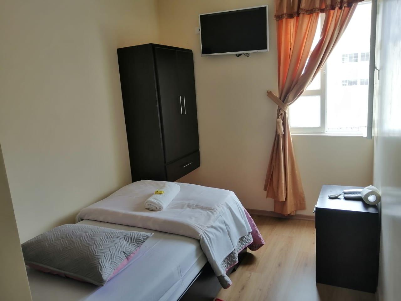 habitación para una persona en saquisili